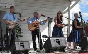 Cincinnati Creek - will perform the last summer concert on the Hamilton Village Green August 15, 2013